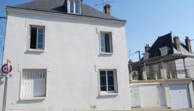 Charming town house at 1h from Paris