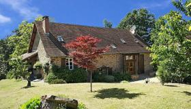 Fully restored farm house on 4.25 ha (10.5 acres) with lake full of fish