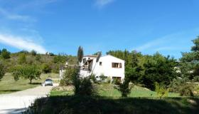 Immaculate, detached spacious villa with pool and possibilities for supplementary building
