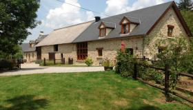 Stunning stone farmhouse with gite, barn & land!