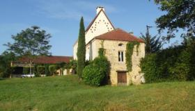Tastefully restored Béarnaise House for sale in South West France with out-building and far reaching views